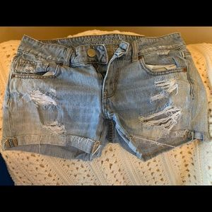 Distressed American Eagle shorts size 4